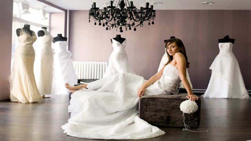 3 Essential Wedding Dress Shopping Tricks